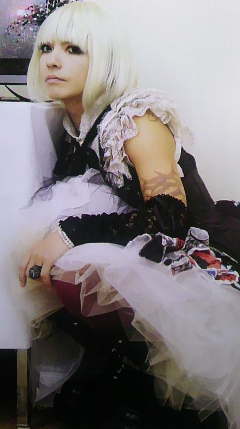 L'Arc en Ciel-hyde-female07.jpg